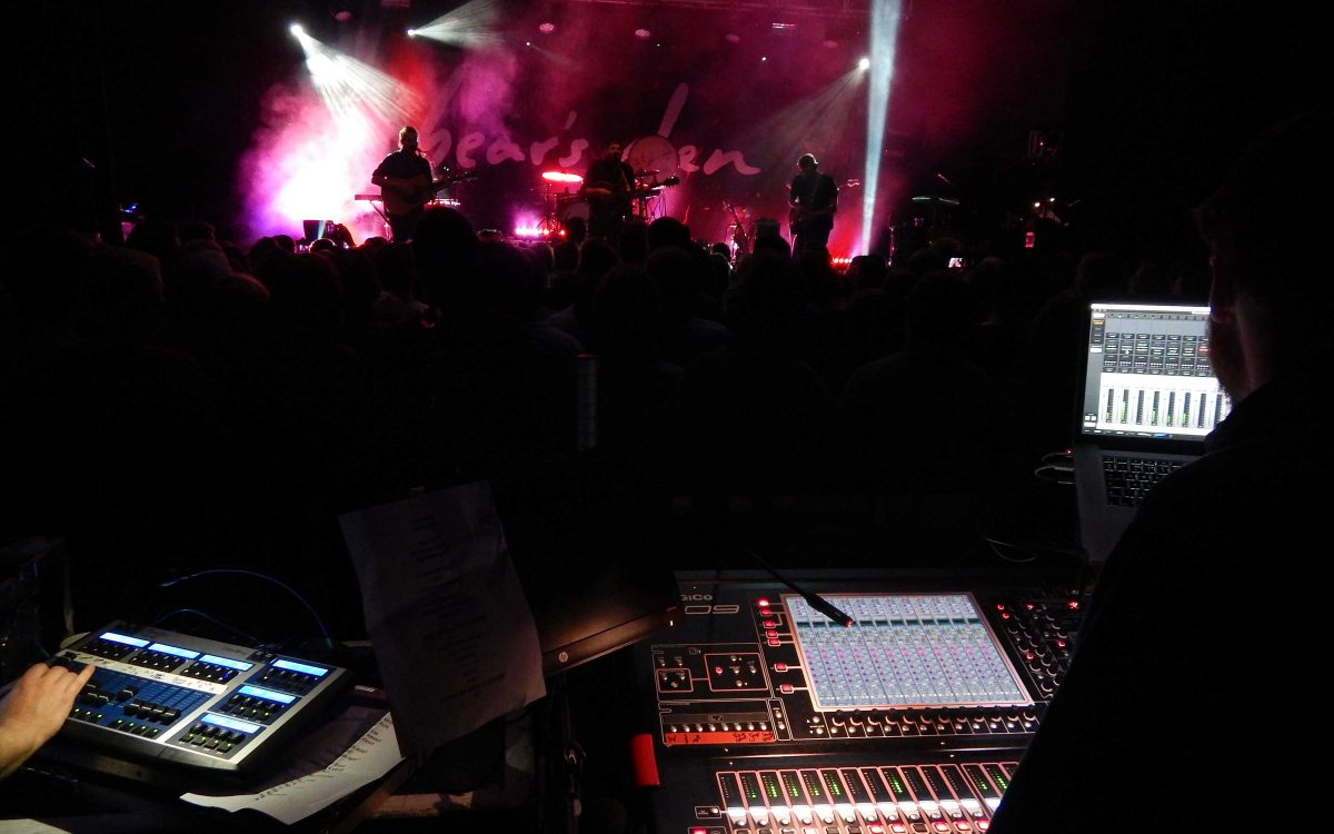 DiGiCo SD9s Deliver 'Night & Day' experience to Bear's Den