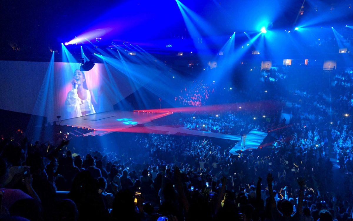 Ariana Grande Sings 'Everyday' With DiGiCo SD7