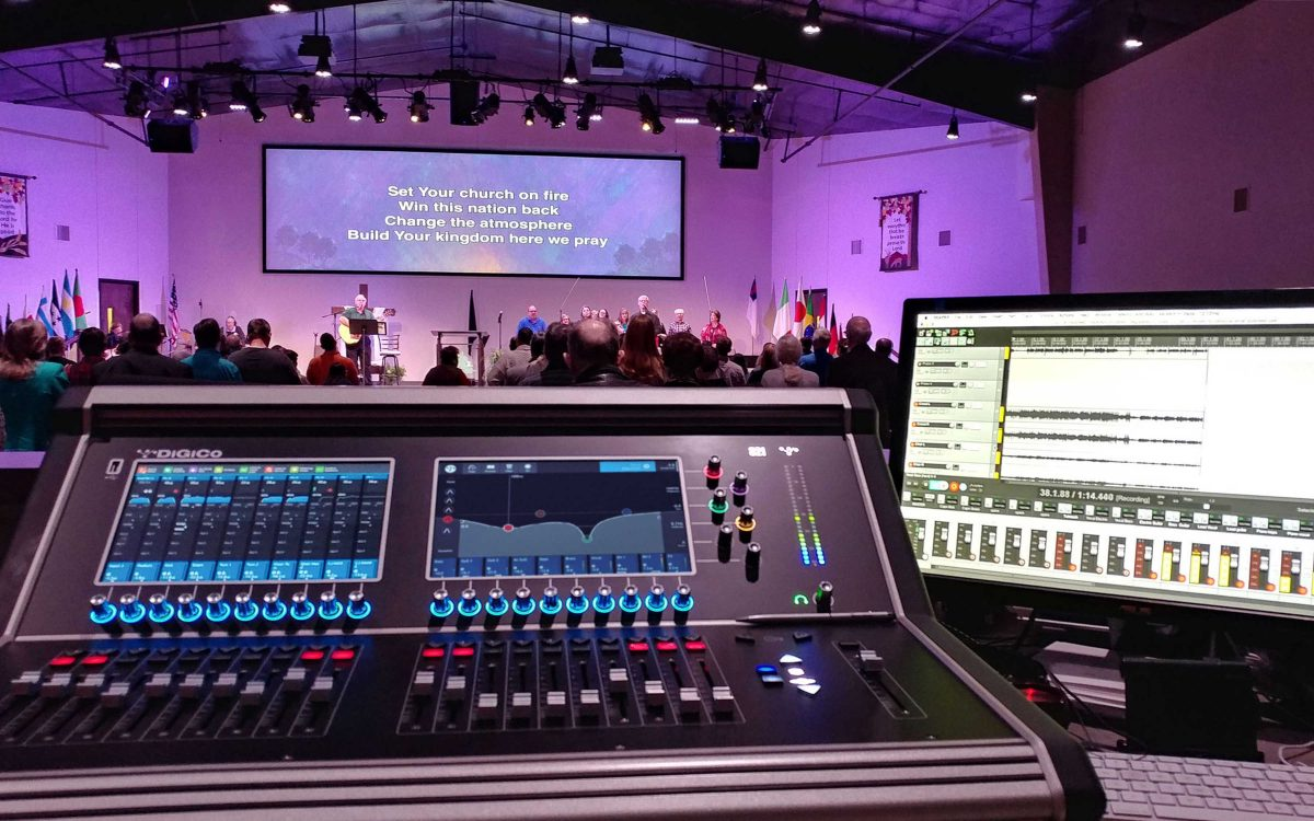 "DiGiCo S21 ""Well Worth The Wait"" For Oak Grove Baptist Church"