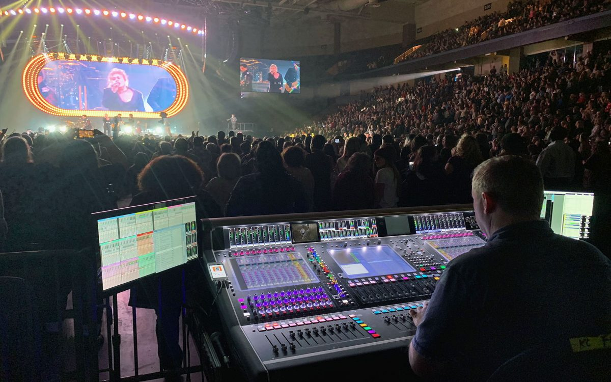 Kelly Clarkson Realizes Meaning of Life on the Road with DiGiCo