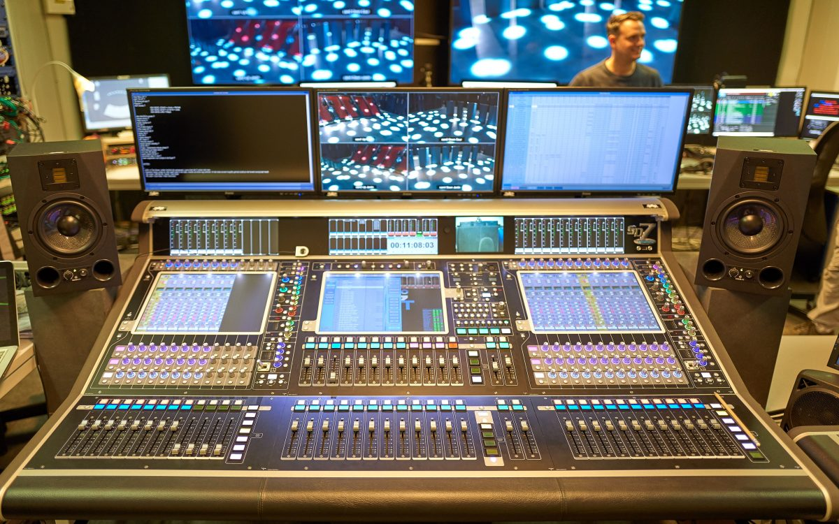 DiGiCo creates a spectacle with SD7 Quantum on 40-45