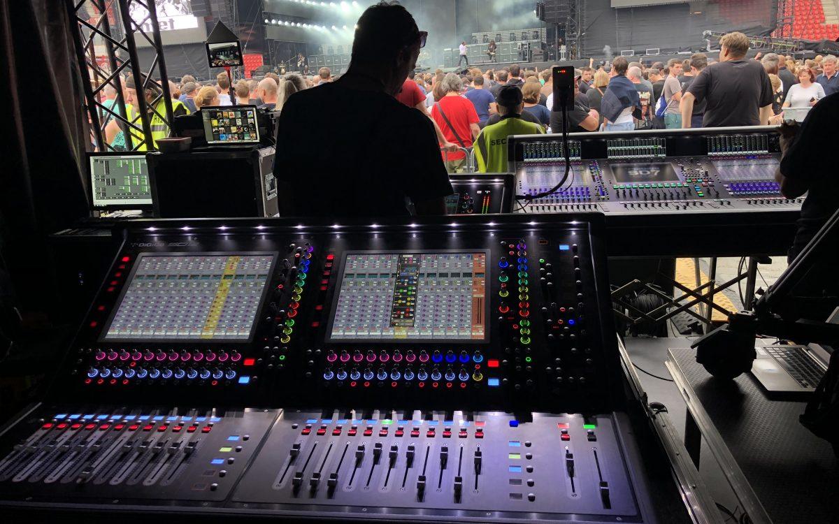 Quantum upgrade for Czech legends' anniversary tour