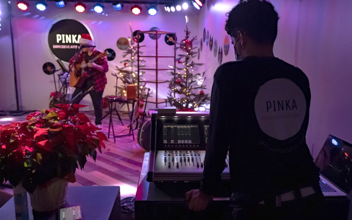 DiGiCo S21 Puts Pinka in the Pink