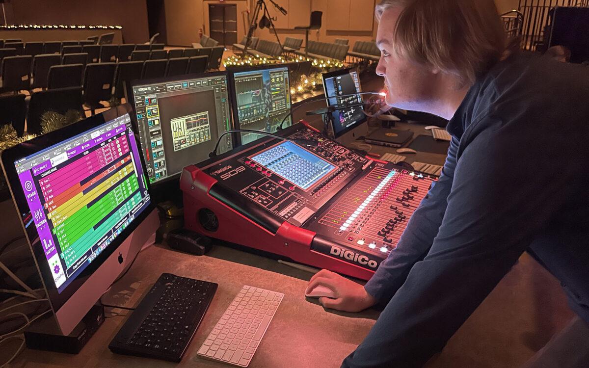 Lakewood Baptist Church Advances Monitoring with KLANG:fabrik