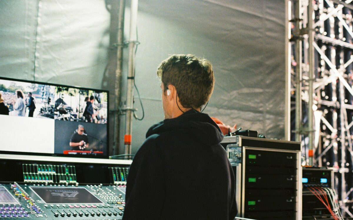 DiGiCo SD7 delivers flawless monitor mix for SIX60 Saturdays tour
