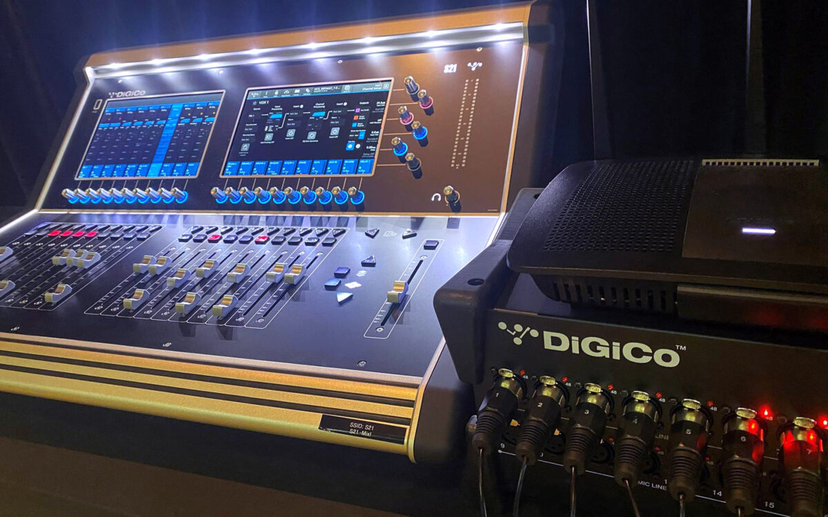 Oaks Christian School Mixes It Up With A DiGiCo S21